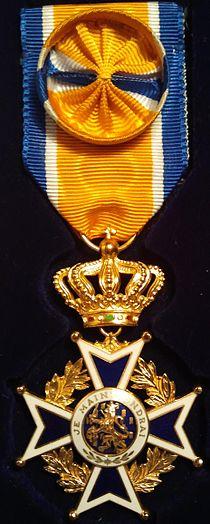 Oranje-Nassau Officier, Vlaascho.jpg