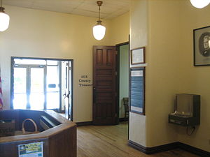 Ogle County Courthouse - The interior, first-floor lobby of the courthouse building.