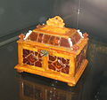 Original Amber Room's remains - chest (17 c., Hermitage) 01.JPG