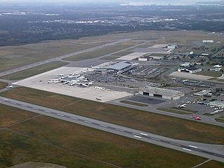 Ottawa Airport By Dpm64 (Own work) [Public domain], via Wikimedia Commons