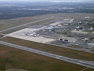 Ottawa Macdonald–Cartier International Airport - Image: Ottawa Airport