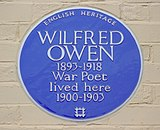 Owen (Wilfred) plaque, Tranmere.jpg
