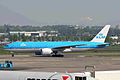 PH-BQF B777-206ER KLM AMS 09MAY06 (6782355719).jpg