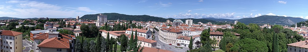 Panorama Gorizia (estate) 3b.jpg