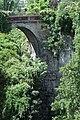 Parc des Buttes-Chaumont, pont des Suicidés 01.jpg