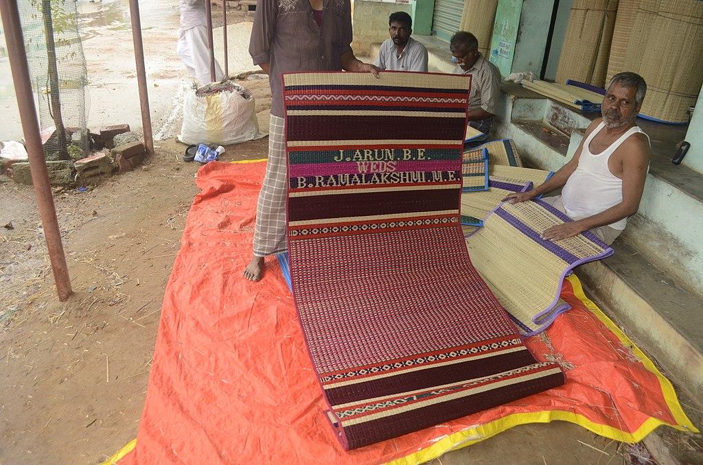 File:Pathamadai mat for wedding. JEG1748.jpg - Wikimedia Commons
