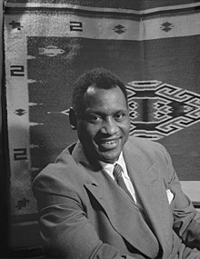 Paul LeRoy Bustill Robeson v roce 1942