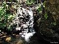 Pequeño salto de agua - panoramio.jpg