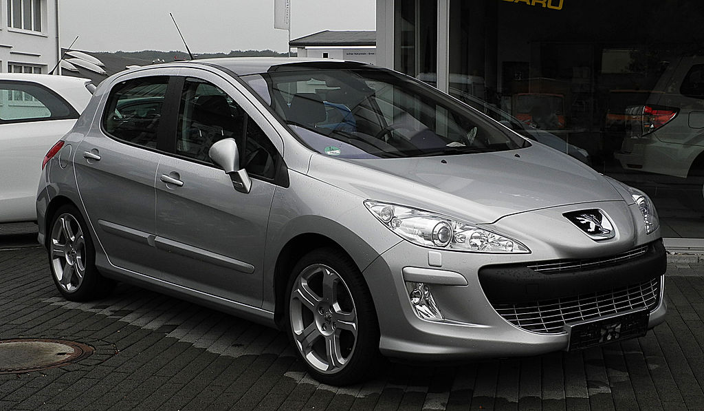 file peugeot 308 hdi fap 135 platinum frontansicht 29 juni 2011 wikimedia. Black Bedroom Furniture Sets. Home Design Ideas
