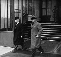 Philippe Pétain, Victor Denain, 1934.jpg