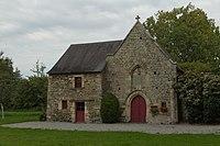 Pignon ouest de la chapelle Notre-Dame-de-la-Rivière, ou des Marais (Domloup, Ille-et-Vilaine, France).jpg