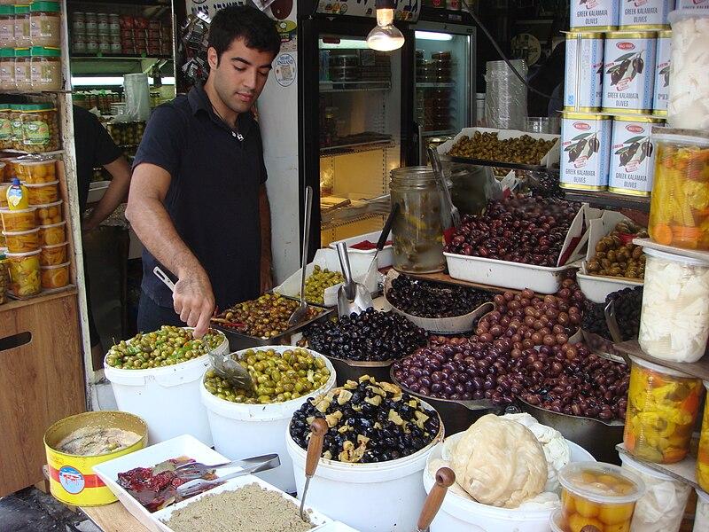 חמוצים בשוק לוינסקי בתל אביב
