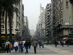 Plaza Independencia de Montevideo.jpg