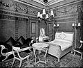 Pompeiian bedroom Waldorf.jpg