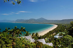 Plaża Four Miles Beach w Port Douglas