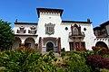 Portuguese colonial residence, Maputo.jpg