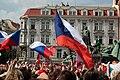 Praha, Staré Město, Staroměstské náměstí, očekávání příjezdu hokejové reprezentace.JPG