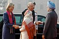 Pratibha Devisingh Patil and the Prime Minister, Dr. Manmohan Singh on their arrival at Rashtrapati Bhavan for a ceremonial reception, in New Delhi on November 04, 2008.jpg