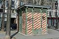 Quai de la Seine (Paris), édicule 04.jpg