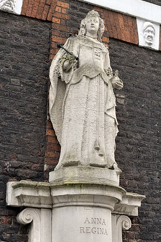 Statue of Queen Anne, Queen Anne's Gate - Image: Queen Anne statue Queen Anne's Gate