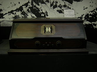 Politico-media complex - An RCA Radiola, manufactured 1925.
