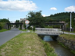Railway bridge over muslov in tremesna.jpg