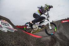 Pump track - Wikipedia