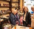 Rencontre de Nathalie Kosciusko-Morizet avec les commerçants du 9e arrondissement.jpg