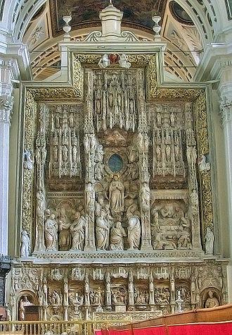 Reredos - Image: Retablo mayor de la Basílica del Pilar