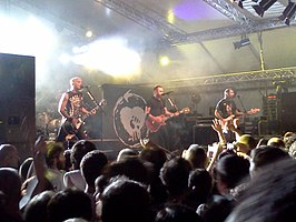 Rise Against live in 2012. V.l.n.r.: Brandon Barnes, Zach Blair, Tim McIlrath, en Joe Principe.
