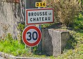Road sign in Brousse-le-Chateau.jpg