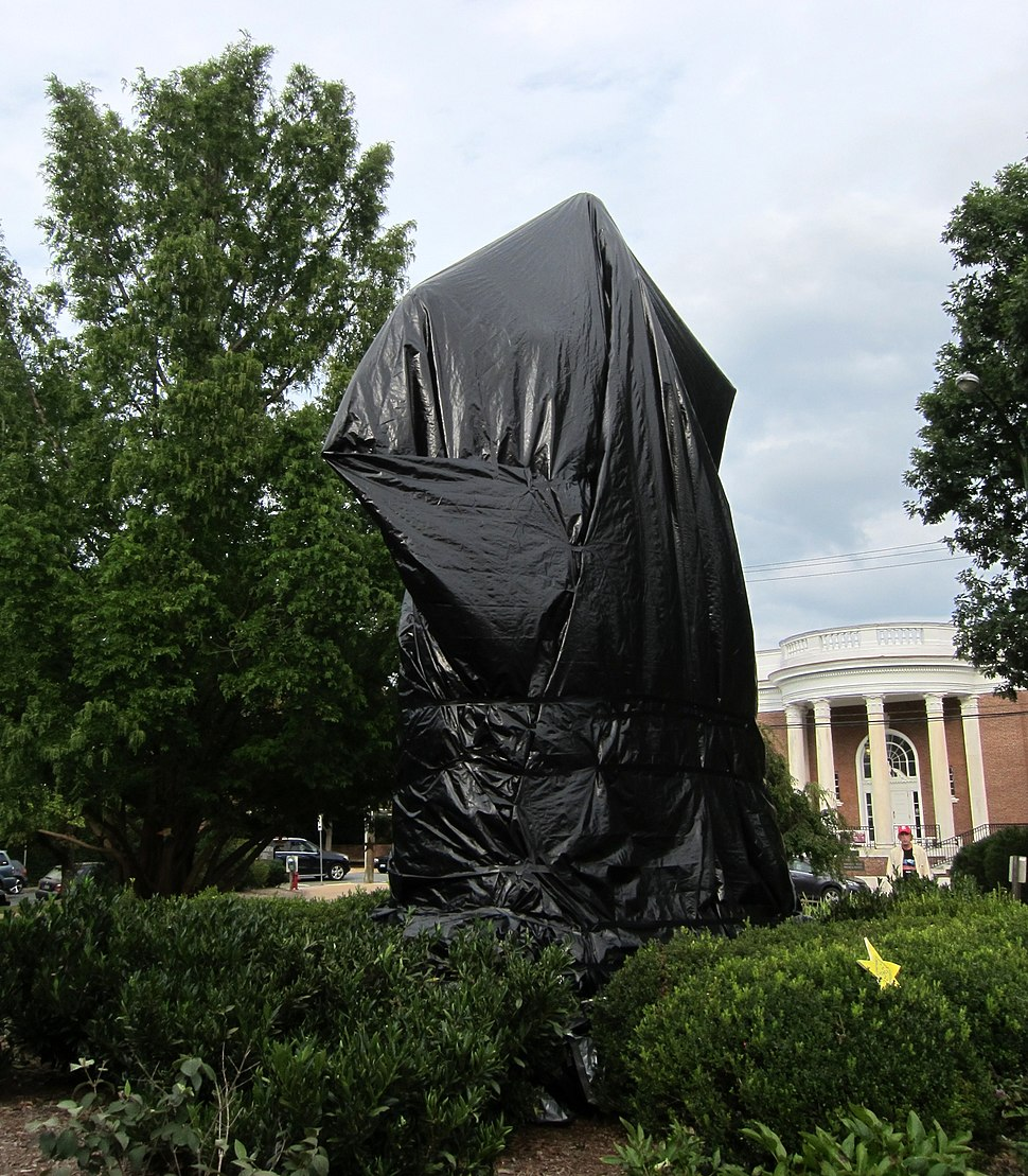 Robert Edward Lee sculpture covered in tarp