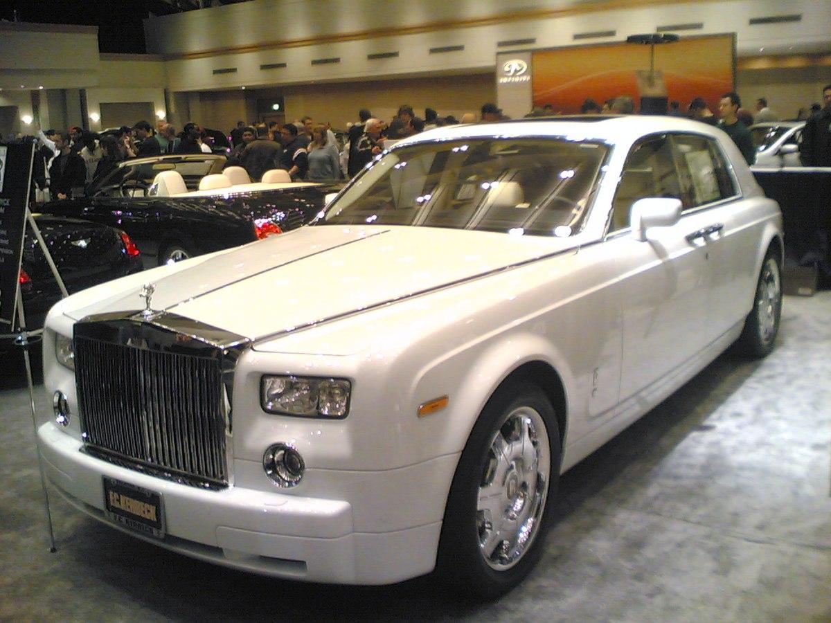 Rolls royce motor cars for Rolls royce motor cars