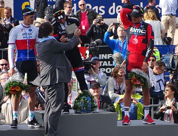 Roubaix - Paris-Roubaix, 12 avril 2015, arrivée (B26).JPG