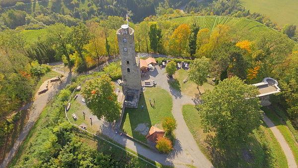 Ruine Löwenstein 2015-10-03.JPG