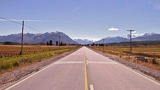 Cholila, Argentina - Image: Ruta desde Cholila al Parque Nacional Los Alerces, Chubut, Argentina