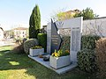 Sérézin-du-Rhône - Monument aux morts (avr 2019).jpg