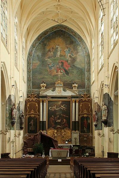 Église Saint-Denis de Sézanne (Marne). Chœur vu de l'extrémité occidentale de la nef.