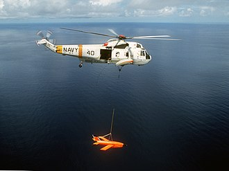 Ryan Firebee - Sikorsky SH-3 Sea King helicopter recovering a BQM-34S Firebee drone