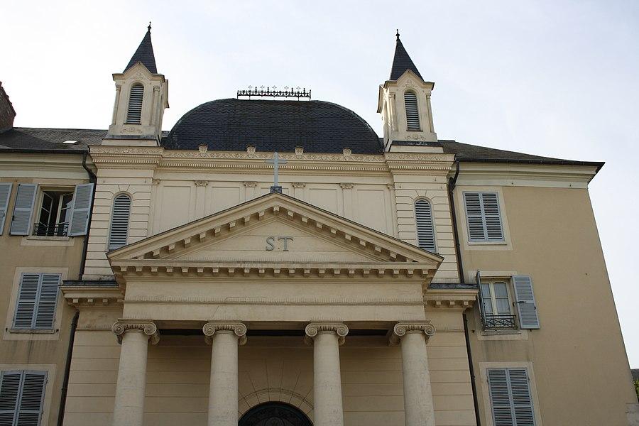 Chapel of the Dames de Saint-Thomas convent, 11 République street in Saint-Germain-en-Laye, France.