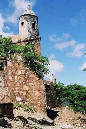 Luisa Cáceres de Arismendi - Image: Santa Rosa Castle (3)