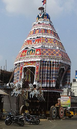 Sarangapani temple, Kumbakonam - Temple chariot of the temple