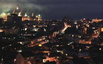Sauda - View of the town of Sauda at night