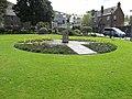Sculture dans le Parade Garden, Fort William, Scotland.jpg