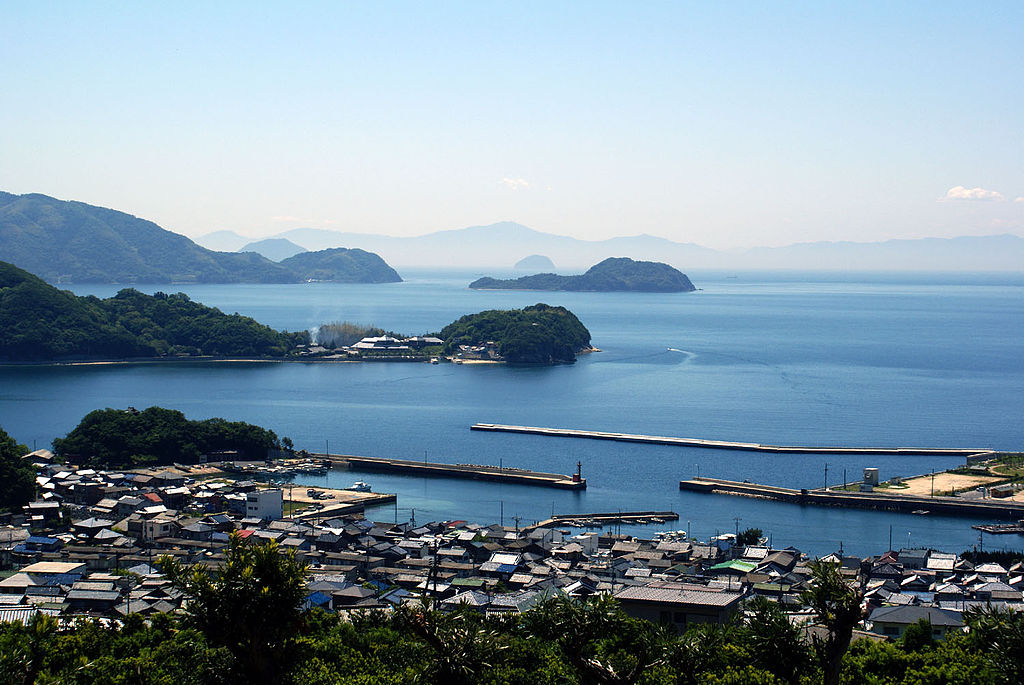 https://upload.wikimedia.org/wikipedia/commons/thumb/2/20/Setouchi.jpg/1024px-Setouchi.jpg