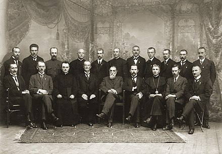 The original 20 members of the Council of Lithuania after signing the Act of Independence of Lithuania, 16 February 1918. Signatarai.Signatories of Lithuania.jpg