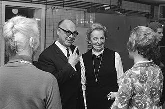 Pierre H. Dubois - Pierre Dubois and his wife Simone de Bruyn (1969)