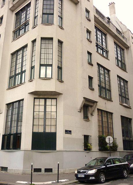 Immeuble où vécut Simone de Beauvoir de 1955 à 1986, rue Victor-Schœlcher.