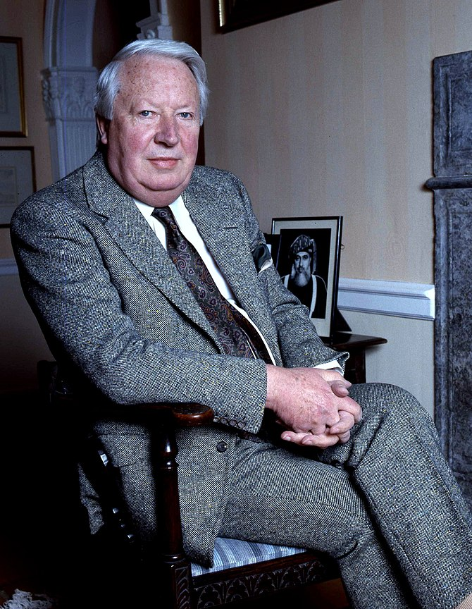English: Edward Heath at home in Salisbury