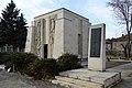 Skravena memorial ossuary 06.jpg